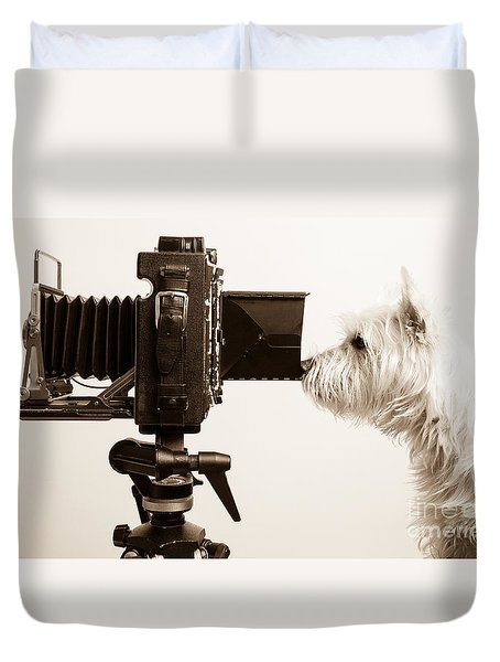 Pho Dog Grapher Duvet Cover by Edward Fielding