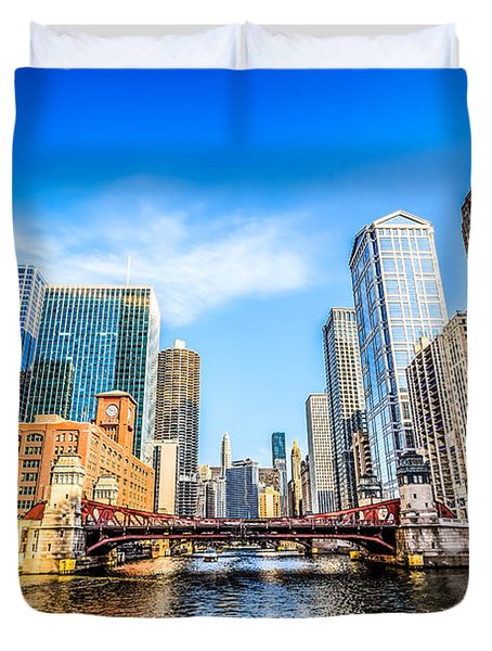 Picture Of Chicago At Lasalle Street Bridge Duvet Cover by Paul Velgos