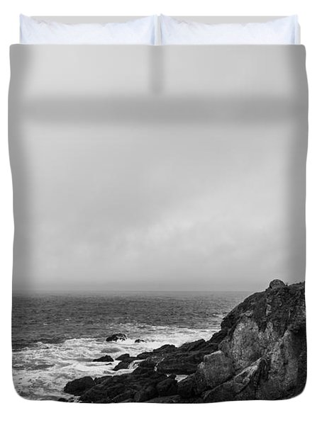 pigeon point lighthouse Duvet Cover by Ralf Kaiser