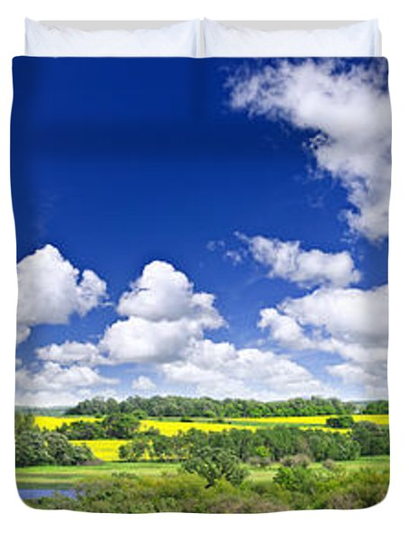 Prairie panorama in Saskatchewan Duvet Cover by Elena Elisseeva