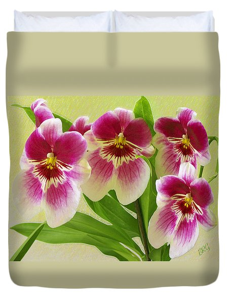 Pretty Faces - Orchid Duvet Cover by Ben and Raisa Gertsberg
