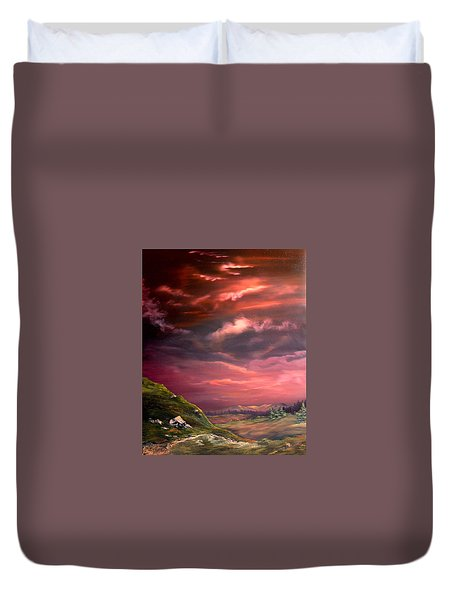 Red Sky At Night Duvet Cover by Jean Walker
