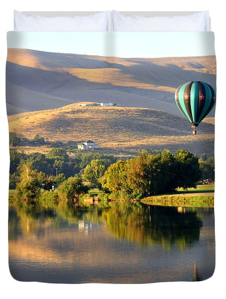 Reflection of Prosser Hills Duvet Cover by Carol Groenen