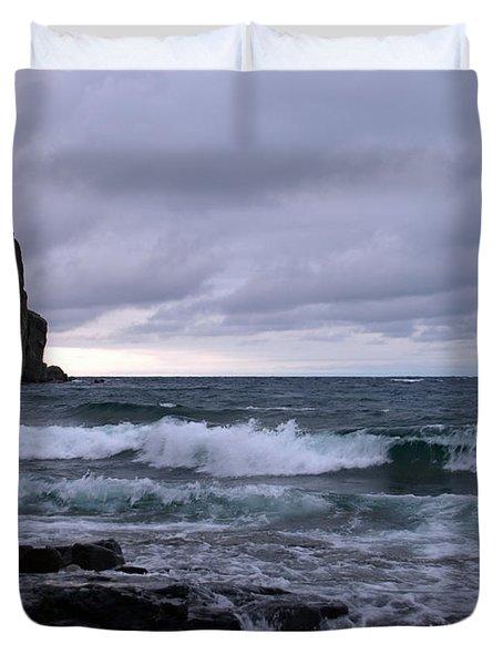 Rough Surf at Split Rock Duvet Cover by James Peterson