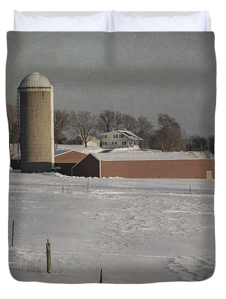 Route 45 Barn Duvet Cover by Joan Carroll