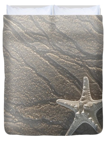 Sand Prints and Starfish II Duvet Cover by Susan Candelario