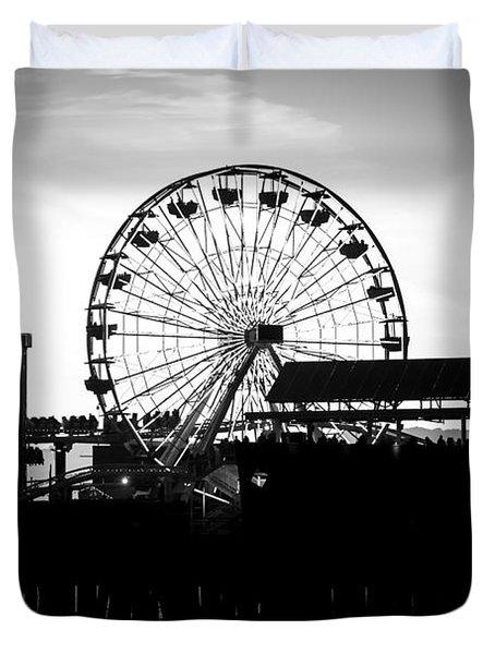 Santa Monica Ferris Wheel Black And White Photo Duvet Cover by Paul Velgos