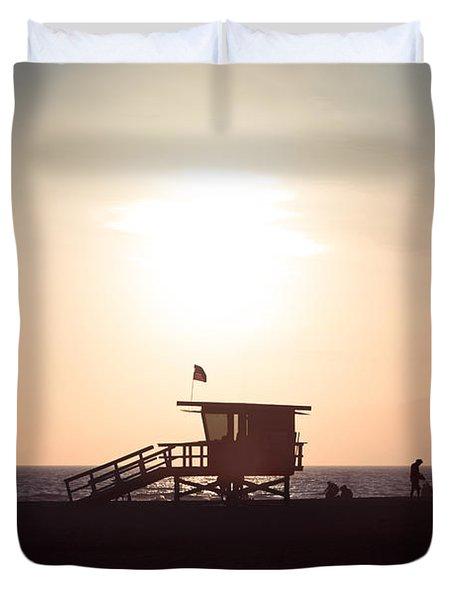 Santa Monica Lifeguard Stand Sunset Photo Duvet Cover by Paul Velgos