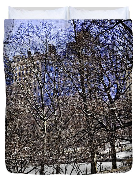 Scene From Central Park - Nyc Duvet Cover by Madeline Ellis