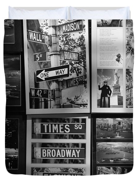 SCENES OF NEW YORK in BLACK AND WHITE Duvet Cover by ROB HANS