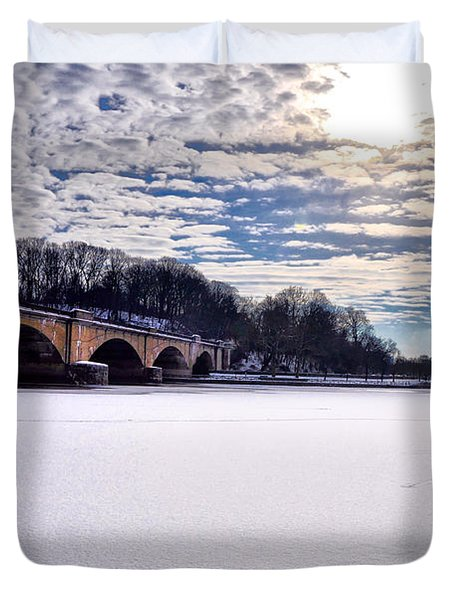 Schuylkill River - Frozen Duvet Cover by Bill Cannon