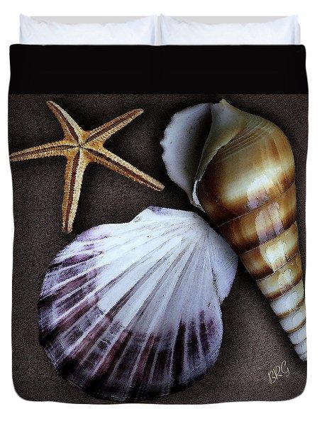 Seashells Spectacular No 37 Duvet Cover by Ben and Raisa Gertsberg