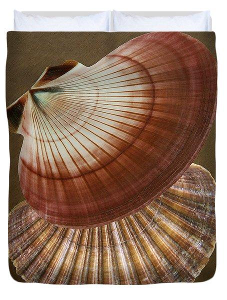 Seashells Spectacular No 53 Duvet Cover by Ben and Raisa Gertsberg