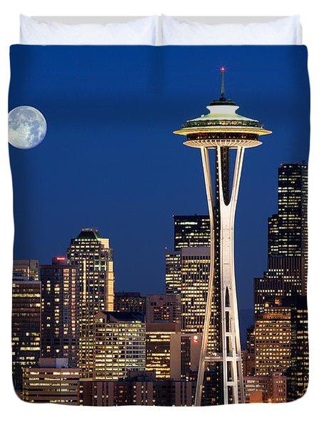 Seattle At Full Moon Duvet Cover by Inge Johnsson