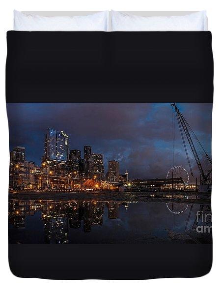 Seattle Night Skyline Duvet Cover by Mike Reid