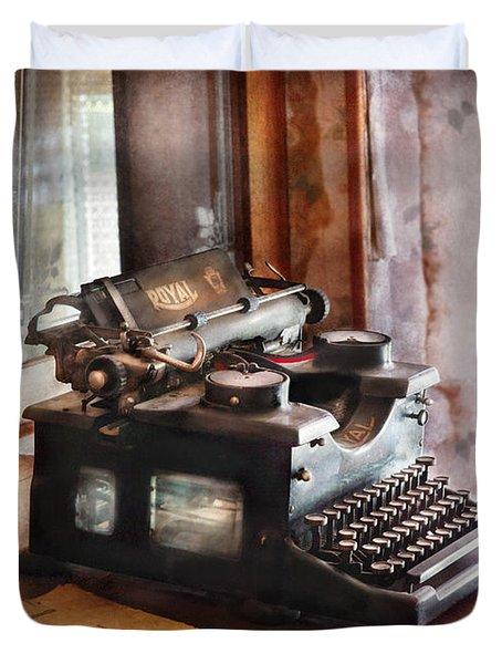 Secretary - Secretaries Day Duvet Cover by Mike Savad