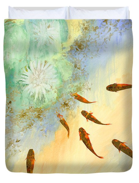sette pesciolini verdi Duvet Cover by Guido Borelli