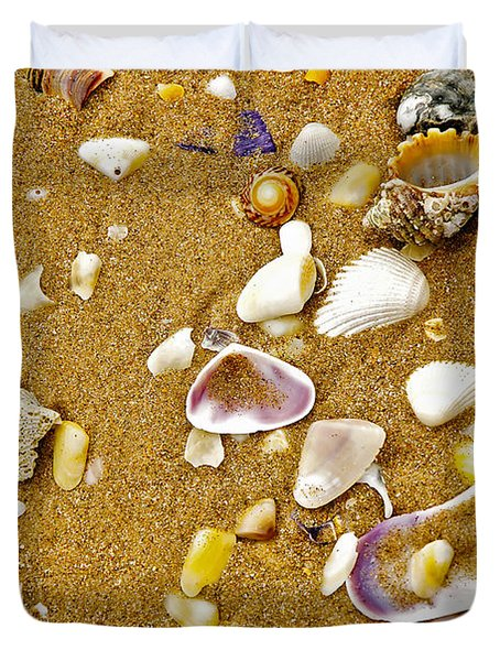 Shells In The Sand Duvet Cover by Kaye Menner