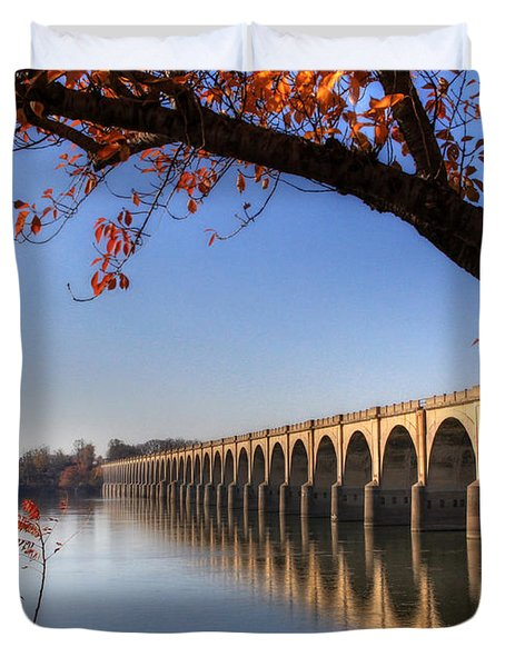 Shipoke In Autumn Duvet Cover by Lori Deiter