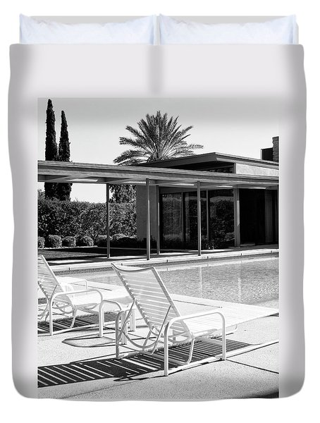 Sinatra Pool Bw Palm Springs Duvet Cover by William Dey