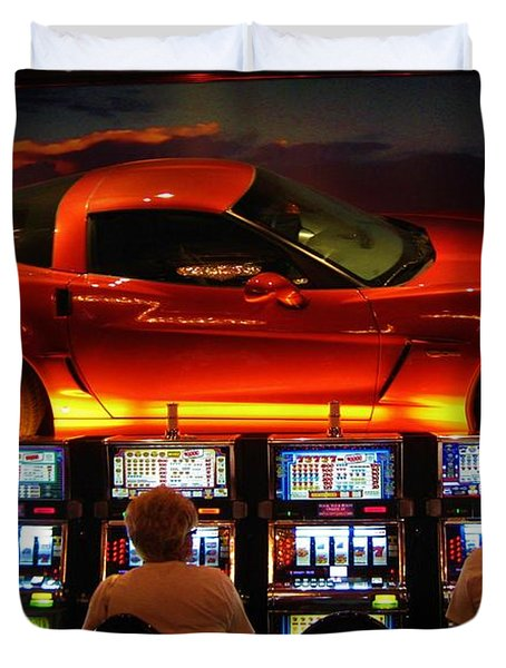 Slots Players In Vegas Duvet Cover by John Malone