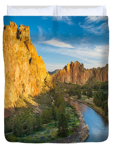 Smith Rock River Bend Duvet Cover by Inge Johnsson