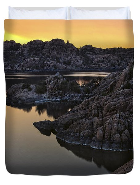 Smoky Sunset on Watson Lake Duvet Cover by Dave Dilli