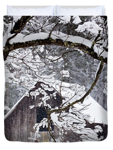 Snowy Barn 2 Duvet Cover by Rob Travis