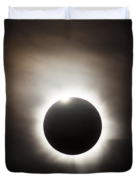 Solar Eclipse With Diamond Ring Effect Duvet Cover by Philip Hart