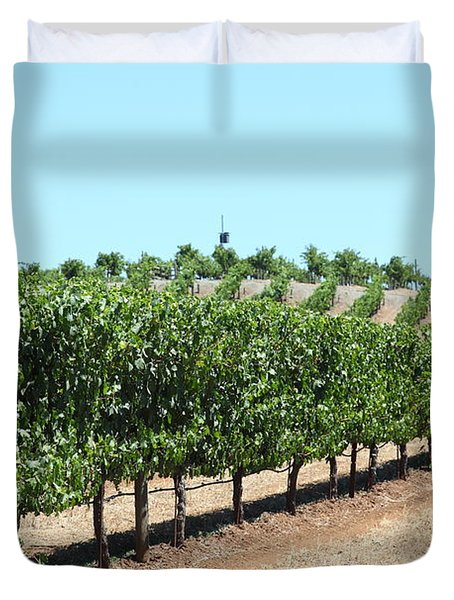 Sonoma Vineyards In The Sonoma California Wine Country 5d24506 Duvet Cover by Wingsdomain Art and Photography