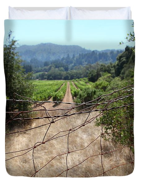 Sonoma Vineyards In The Sonoma California Wine Country 5d24520 Duvet Cover by Wingsdomain Art and Photography
