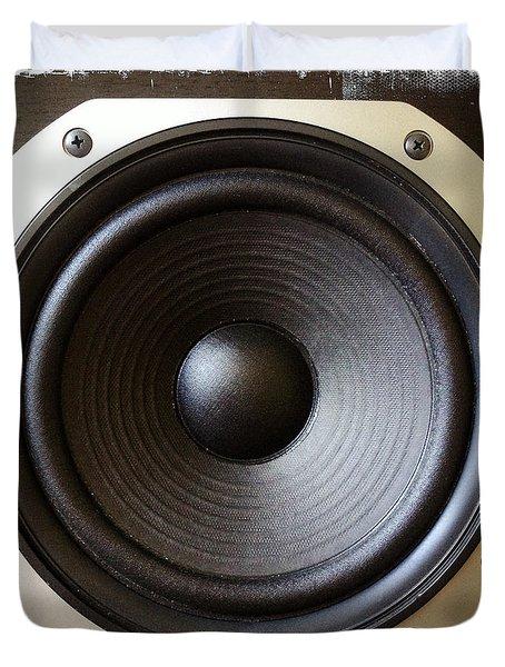 Speaker Duvet Cover by Les Cunliffe
