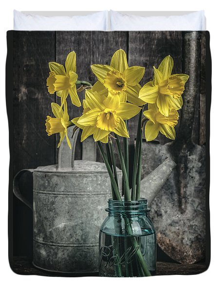 Spring Daffodil Flowers Duvet Cover by Edward Fielding