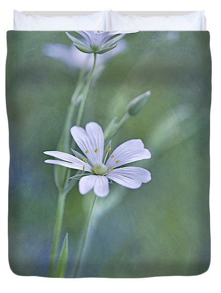 Spring Romance Duvet Cover by Maria Ismanah Schulze-Vorberg