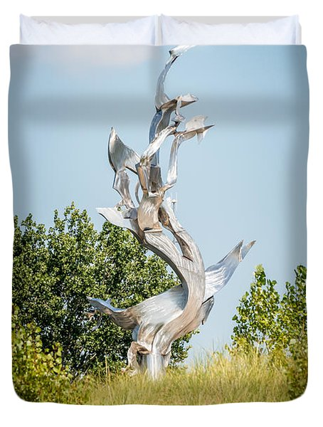 St. Joseph Michigan And You Seas Metal Sculpture Duvet Cover by Paul Velgos