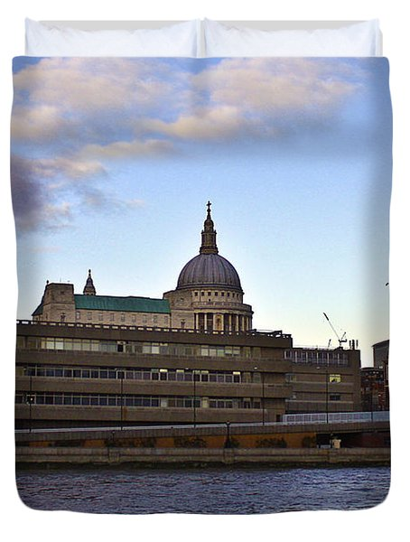 St Paul's Cathedral London Duvet Cover by Terri Waters