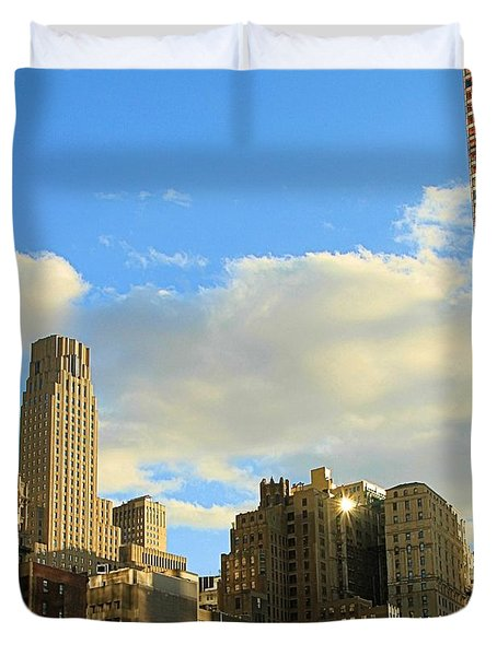 Manhattan Skyline Here Comes The Sun Duvet Cover by Dan Sproul