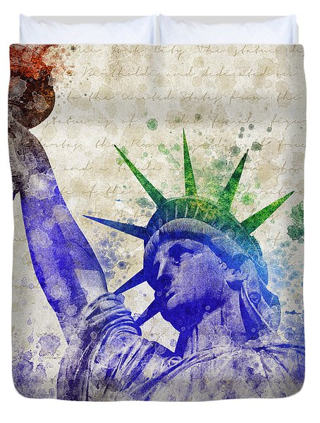 Statue Of Liberty Duvet Cover by Aged Pixel