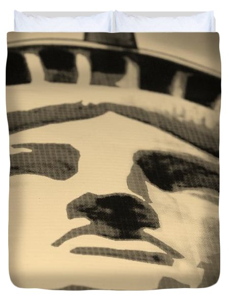 Statue Of Liberty In Sepia Duvet Cover by Rob Hans