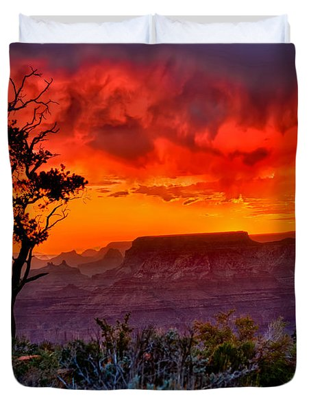 Stormy Sunset Greeting Card Duvet Cover by Greg Norrell