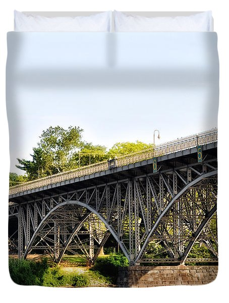 Strawberry Mansion Bridge And The Schuylkill River Duvet Cover by Bill Cannon