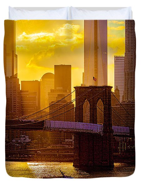Summertime At The Brooklyn Bridge Duvet Cover by Chris Lord