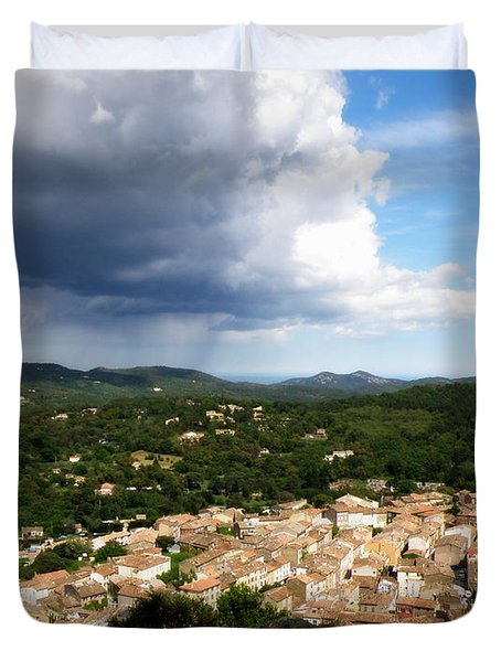 Sun And Rain Duvet Cover by Lainie Wrightson