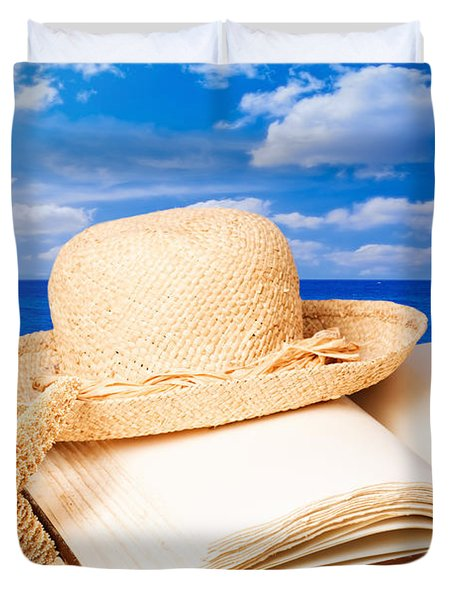 Sunhat In Sand Duvet Cover by Amanda Elwell