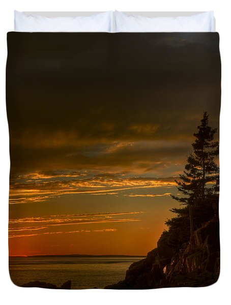 Sunset At Bass Harbor Lighthouse Duvet Cover by Oscar Gutierrez