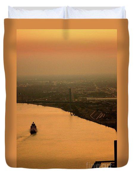 Sunset On The River Duvet Cover by Linda Shafer