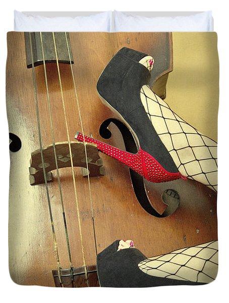 Tango For Strings Duvet Cover by Evelina Kremsdorf