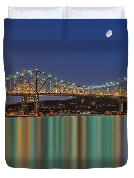 Tappan Zee Bridge Reflections Duvet Cover by Susan Candelario