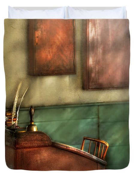 Teacher - The Teachers Desk Duvet Cover by Mike Savad