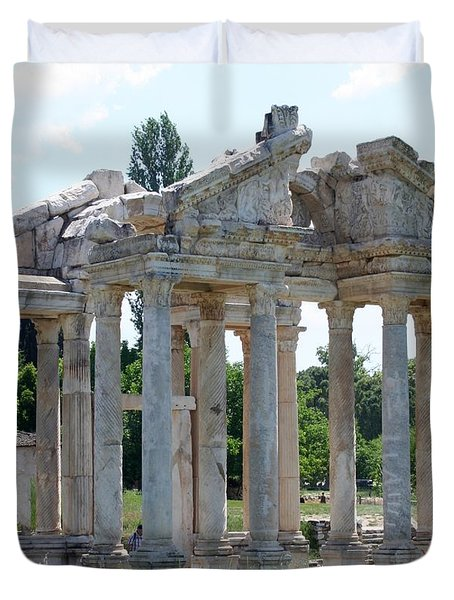 Tetrapylon The Arched Gate Of Aphrodisias Duvet Cover by Tracey Harrington-Simpson